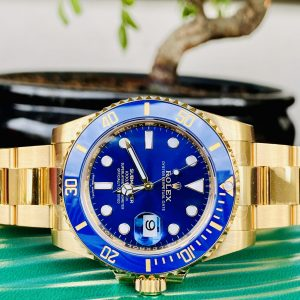 Rolex Submariner Date 116618LB - Brand New / Unworn with Stickers