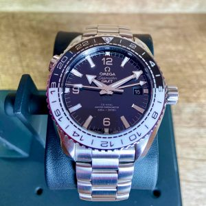 "Omega Seamaster Planet Ocean ""Oreo"". Full Kit in impeccable condition"